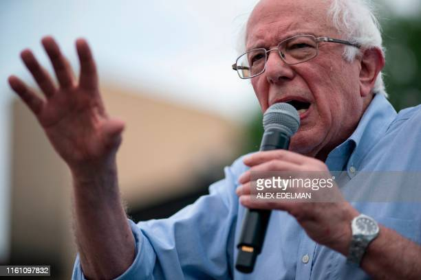 Democratic 2020 presidential candidate Senator Bernie Sanders speaks at the Des Moines Register Political Soapbox during the Iowa State Fair August...
