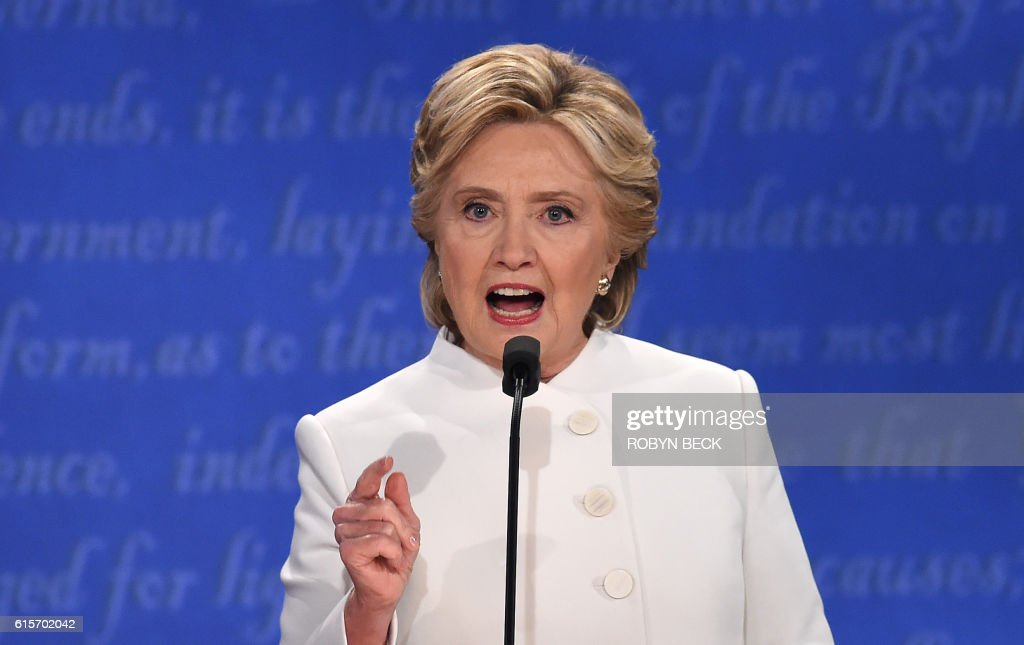 TOPSHOT - Democratic nominee Hillary Clinton speaks during the final presidential debate at the Thomas & Mack Center on the campus of the University of Las Vegas in Las Vegas, Nevada on October 19, 2016. / AFP PHOTO / Robyn Beck