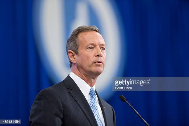 Democratic presidential candidate and former Maryland Governor Martin O'Malley talks on stage during the New Hampshire Democratic Party State...
