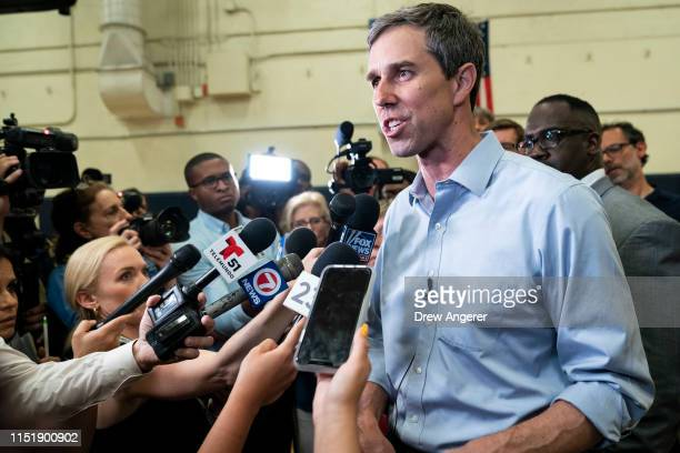 Democratic presidential candidate and former US Representative Beto O'Rourke speaks to reporters following a town hall event for members of the...