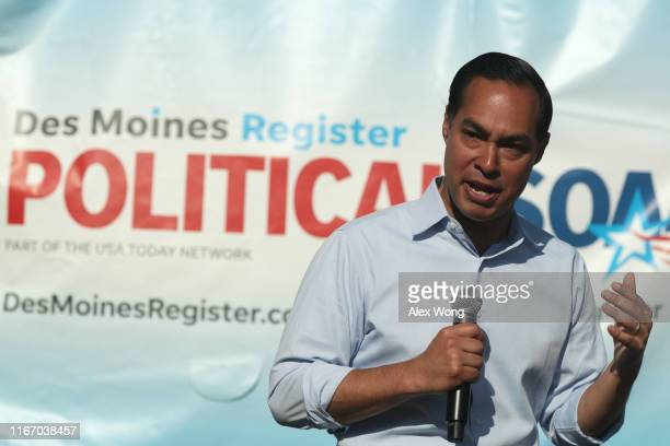 Democratic presidential candidate and former US Secretary of Housing and Urban Development Julian Castro delivers campaign speech at the Des Moines...