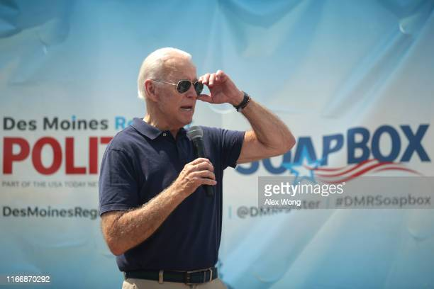 Democratic presidential candidate and former US Vice President Joseph Biden delivers a campaign speech at the Des Moines Register Political Soapbox...