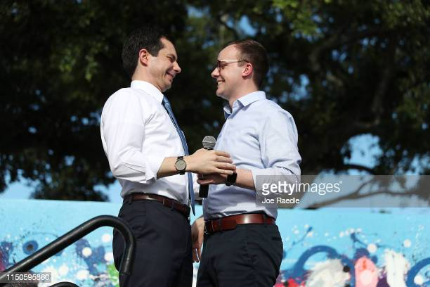 Democratic presidential candidate and South Bend Indiana Mayor Pete Buttigieg is introduced by his husband Chasten Glezman Buttigieg as he takes to...