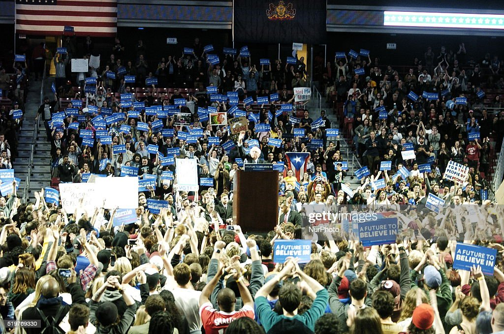 Bernie Sanders Fills Liacouras Center in Philadelphia : News Photo