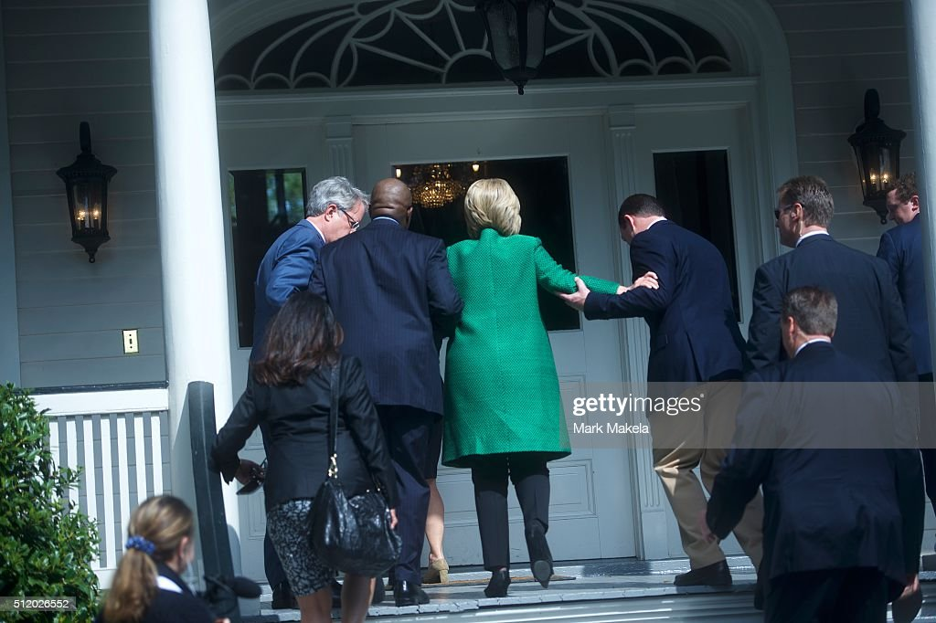 Hillary Clinton Campaigns In South Carolina Ahead Of Primary : News Photo