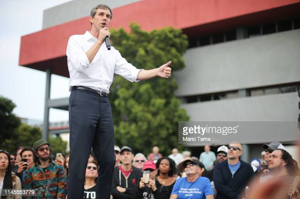 Democratic presidential candidate former US Rep Beto O'Rourke speaks at his first California campaign rally held at Los Angeles TradeTechnical...
