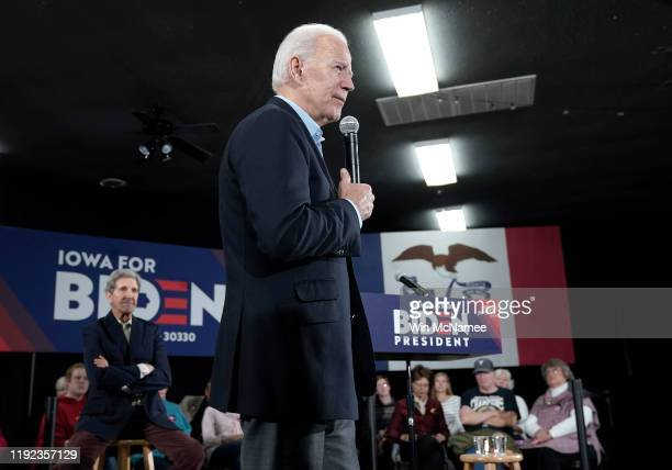 Democratic presidential candidate former US Vice president Joe Biden campaigns with former Democratic presidential candidate John Kerry December 6...