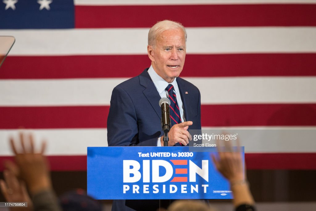 Presidential Candidate Joe Biden Campaigns In New Hampshire : News Photo