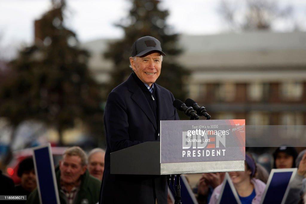 Democratic Presidential Candidate Joe Biden Begins Campaign Bus Tour Through Iowa : News Photo