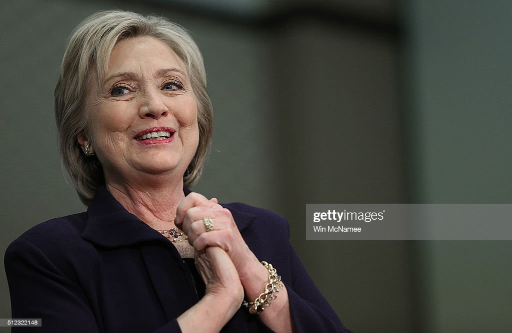 Hillary Clinton Holds Get Out The Vote Event In Myrtle Beach : News Photo