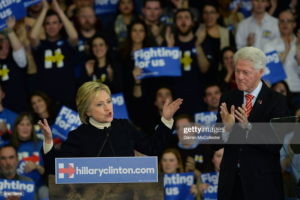 Democratic Presidential Candidate Hillary Clinton Holds New Hampshire Primary Night Gathering : News Photo