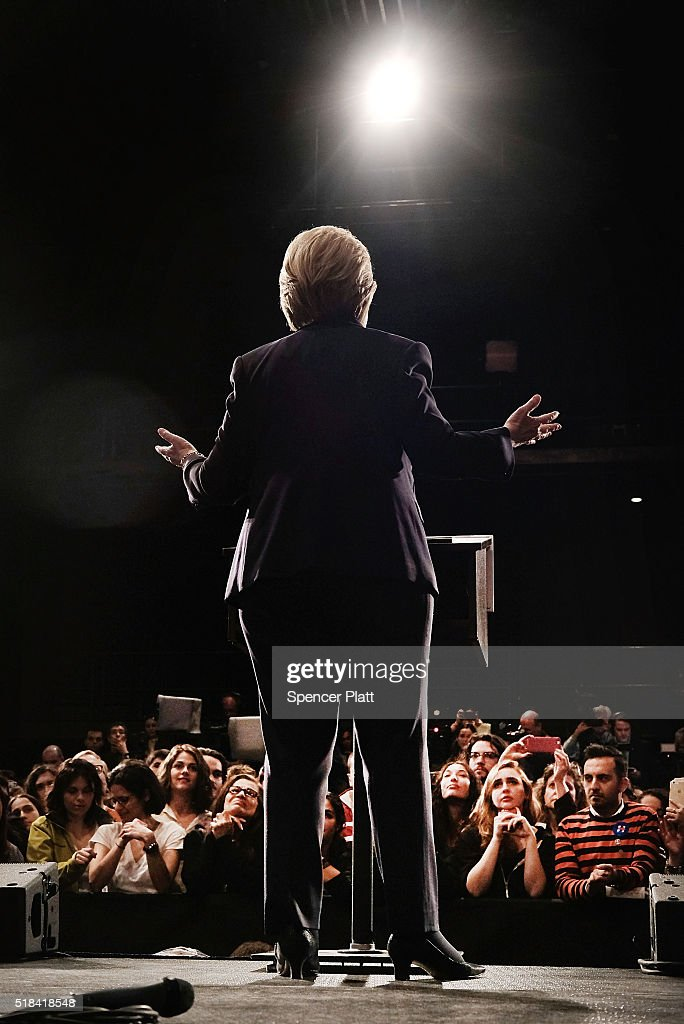 Democratic presidential candidate Hillary Clinton speaks at SUNY Purchase on March 31, 2016 in Purchase, New York. Clinton gave a speech to both students and supporters that covered a host of domestic and international issues.ump. New York will hold its primaries on April 19.