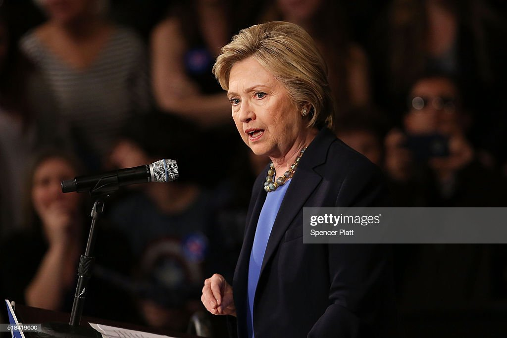 Hillary Clinton Holds Campaign Event In New York : News Photo