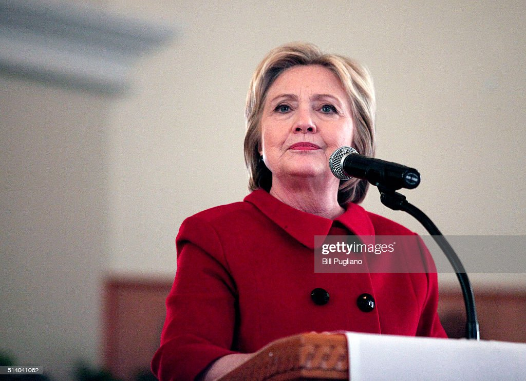 Hillary Clinton Visits Detroit Area Churches Ahead Of Michigan Primary : News Photo