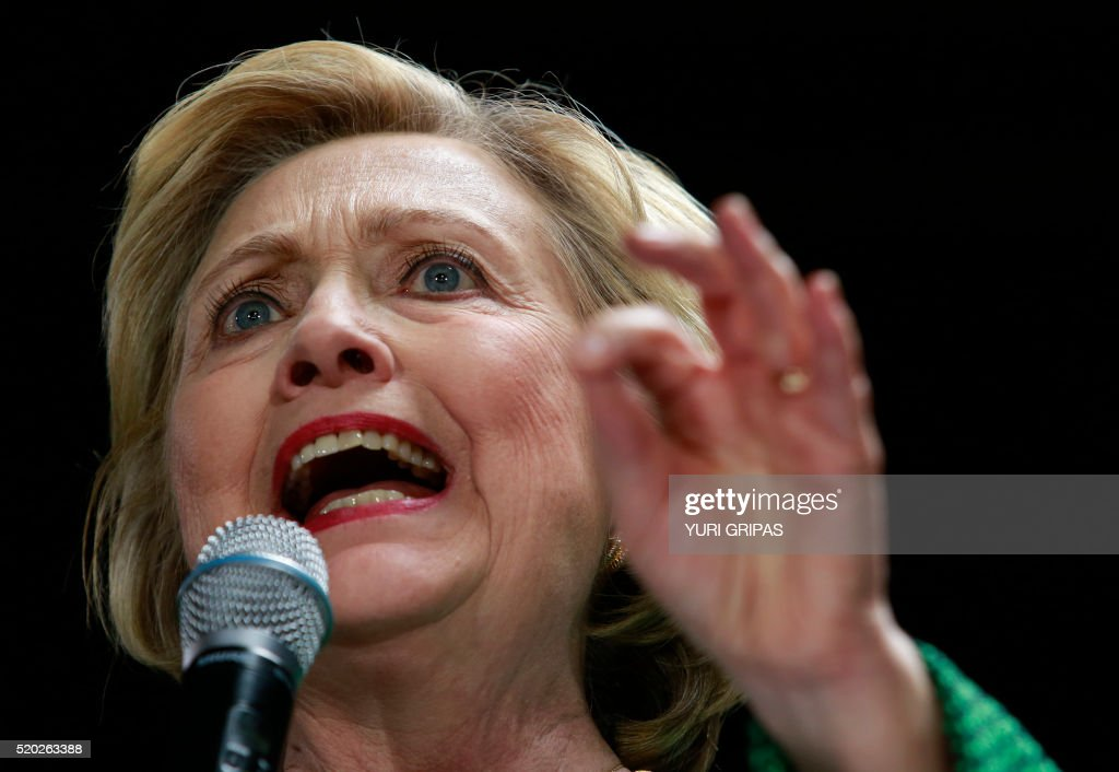 Democratic presidential candidate Hillary Clinton speaks during a grassroots event in Baltimore, Maryland on April 10, 2016. / AFP / YURI