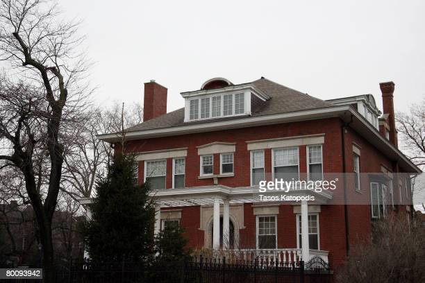 S Democratic presidential candidate Illinois Senator Barack Obama home in Chicago March 3 2007 in Chicago Illinois Obama is under scrutiny because...