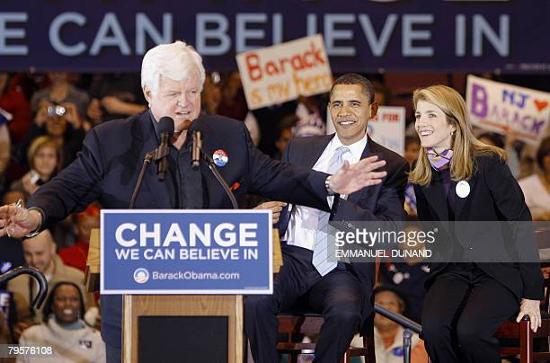 US Democratic presidential candidate Illinois Senator Barack Obama receives the support of US Senator Edwards Kennedy DMA and Caroline Kennedy during...