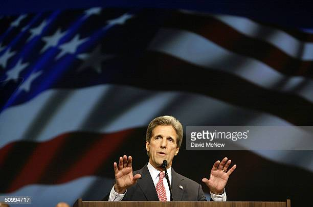S Democratic presidential candidate John Kerry addresses the international convention of the American Federation of State County and Municipal...