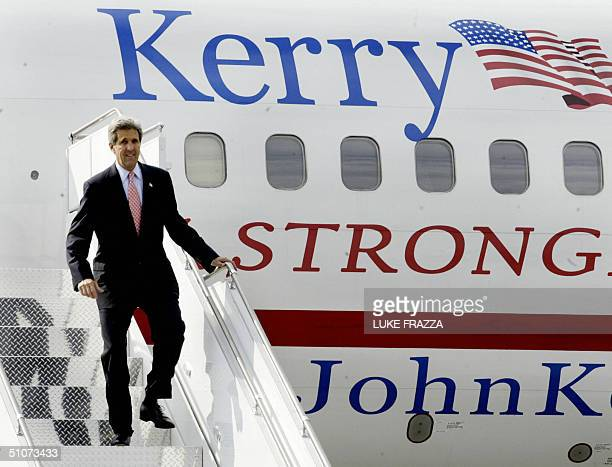 Democratic presidential candidate John Kerry arrives 15 July at Yeager Airport in Charleston, West Virginia, where he will attend a Kerry/Edwards...