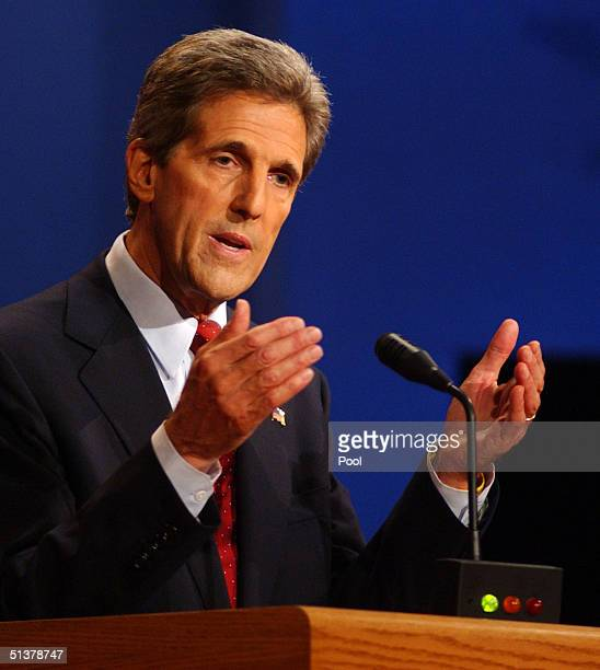 Democratic presidential candidate John Kerry debates President Bush on the campus of the University of Miami, Septemberr 30,2004 in Coral Gables,...