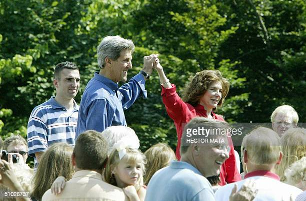 Democratic presidential candidate John Kerry speaks at a barbecue with supporters and polical personalities at the Rosemont Farm owned by his wife...