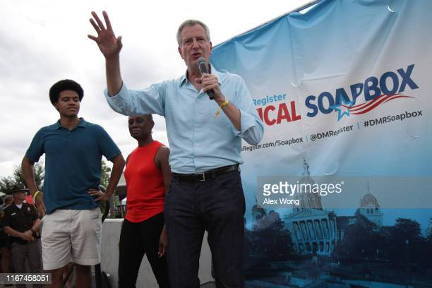 Democratic presidential candidate New York City Mayor Bill de Blasio delivers campaign speech at the Des Moines Register Political Soapbox as his...