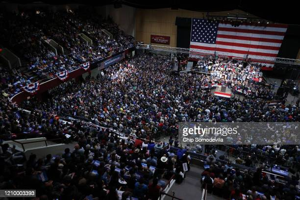 Democratic presidential candidate Sen Bernie Sanders addresses thousands of supporters during a campaign rally at the Roy Wilkins Auditorium March 02...