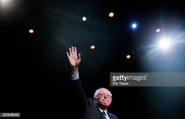 Democratic presidential candidate Sen Bernie Sanders attends a Community Conversation at the Apollo Theater on April 9 2016 in the Harlem...