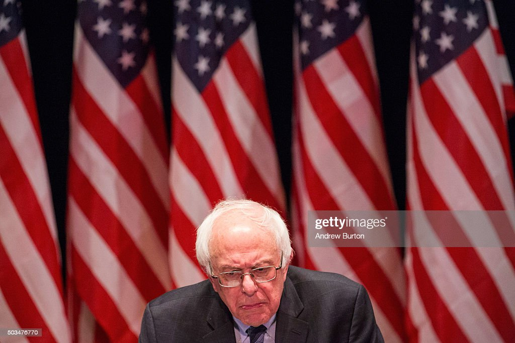 Democratic presidential candidate Sen. Bernie Sanders (I-VT) outlines his plan to reform the U.S. financial sector on January 5, 2016 in New York City. Sanders is demanding greater financial oversight and greater government action for banks and individuals that break financial laws.