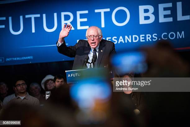 Democratic presidential candidate Sen Bernie Sanders speaks at a rally in the Exeter town hall on February 5 2016 in Exeter New Hampshire Democratic...