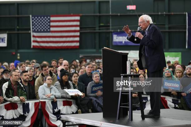 Democratic presidential candidate Sen Bernie Sanders speaks at a campaign rally on February 04 2020 in Milford New Hampshire The New Hampshire...