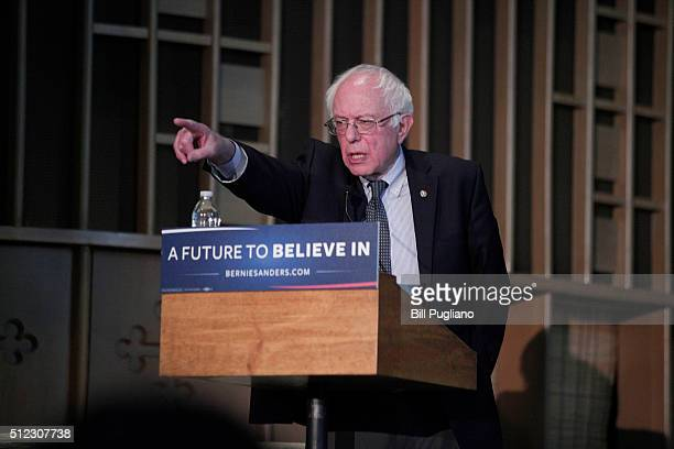 Democratic Presidential Candidate Sen Bernie Sanders speaks at a community forum on the water crisis in Flint at Woodside Church February 25 2016 in...