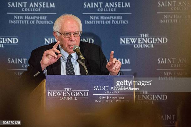 Democratic presidential candidate Sen Bernie Sanders speaks at the Politics and Eggs breakfast on February 5 2016 in Manchester New Hampshire...