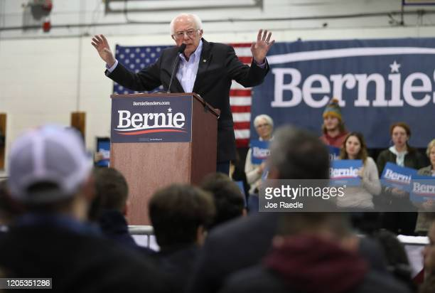 Democratic presidential candidate Sen Bernie Sanders speaks during a campaign event the Franklin Pierce University on February 10 2020 in Rindge New...
