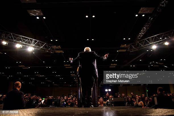 Democratic presidential candidate Sen Bernie Sanders speaks to a crowd of supporters at the Minneapolis Convention Center February 29 2016 in...