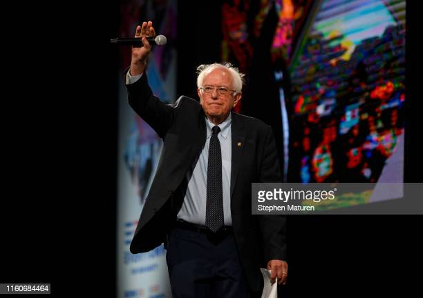 Democratic presidential candidate Sen Bernie Sanders takes the stage during a forum on gun safety at the Iowa Events Center on August 10 2019 in Des...