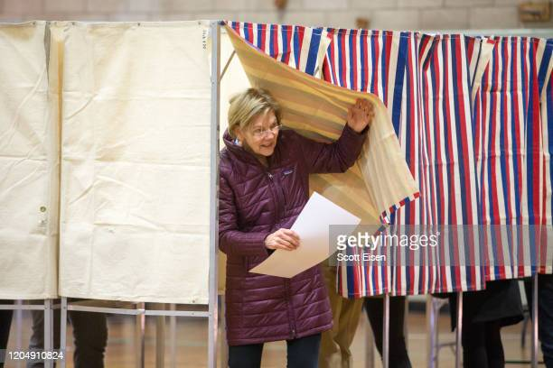 Democratic presidential candidate Sen Elizabeth Warren leaves the voting booth at the Graham Parks School during the Primary Election on March 3 2020...