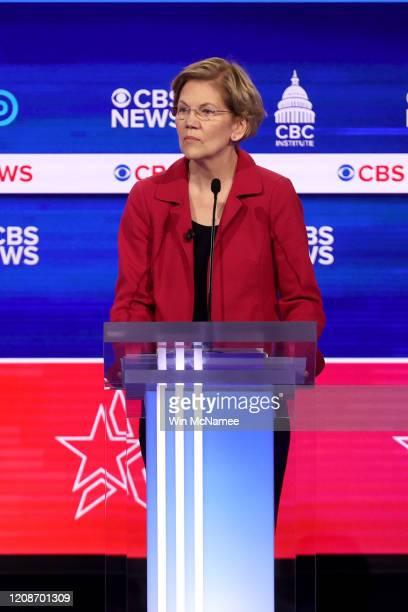 Democratic presidential candidate Sen Elizabeth Warren participates in the Democratic presidential primary debate at the Charleston Gaillard Center...
