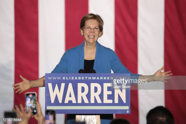Democratic presidential candidate Sen Elizabeth Warren speaks to supporters during a rally at Eastern Market as Super Tuesday results continue to...