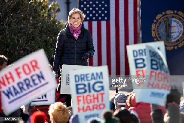Democratic presidential candidate Sen Elizabeth Warren speaks to her supporters after officially filing to be on the ballot for the New Hampshire...