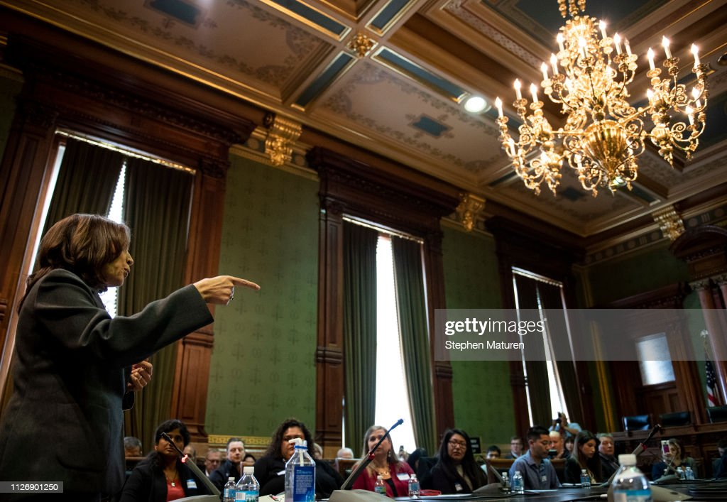 IA: Democratic Presidential Candidate Sen. Kamala Harris Attends Asian and Latino Coalition Discussion At Iowa Capitol Statehouse