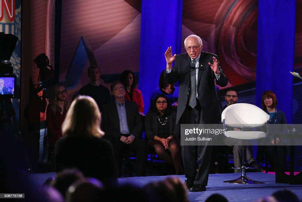 Democratic presidential candidate Senator Bernie Sanders (I-VT) participates in a town hall forum hosted by CNN at Drake University on January 25, 2016 in Des Moines, Iowa. Sanders is in Iowa trying to gain support in front of the states Feb. 1 caucuses.