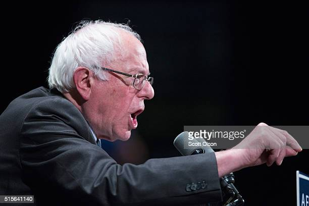 Democratic presidential candidate Senator Bernie Sanders speaks to guests gathered for a campaign rally at Roosevelt University on March 14 2016 in...