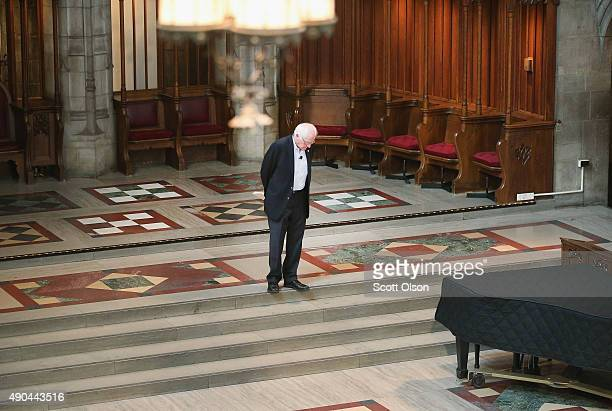 Democratic presidential candidate Senator Bernie Sanders waits to be introduced at an event sponsored by Institute of Politics at the University of...