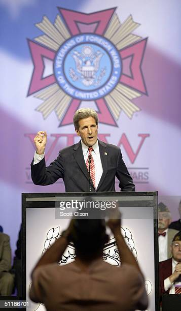 Democratic Presidential Candidate Senator John Kerry speaks at the 105th Veterans of Foreign Wars national convention August 18, 2004 in Cincinnati,...