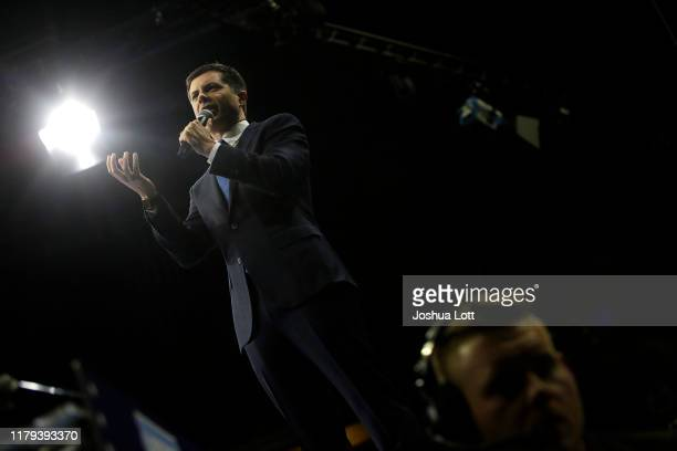 Democratic presidential candidate South Bend Indiana Mayor Pete Buttigieg speaks during the Iowa Democratic Party Liberty Justice Celebration on...