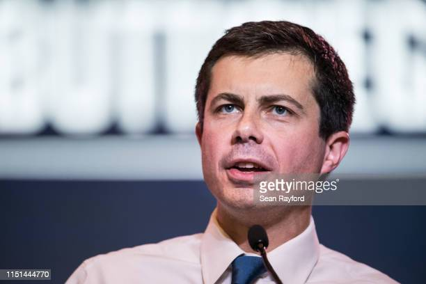Democratic presidential candidate South Bend Indiana Mayor Pete Buttigieg addresses the crowd at the 2019 South Carolina Democratic Party State...