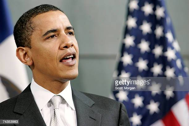 Democratic presidential candidate US Sen Barack Obama speaks at the Medical Education and Biomedical Research Facility at the University of Iowa May...