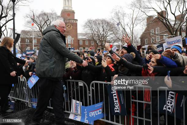 Democratic Presidential candidate US Sen Bernie Sanders greets supporters with his wife Jane at Brooklyn College on March 02 2019 in the Brooklyn...