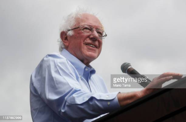 Democratic presidential candidate US Sen Bernie Sanders speaks at a campaign rally in Grand Park on March 23 2019 in Los Angeles California Sanders...